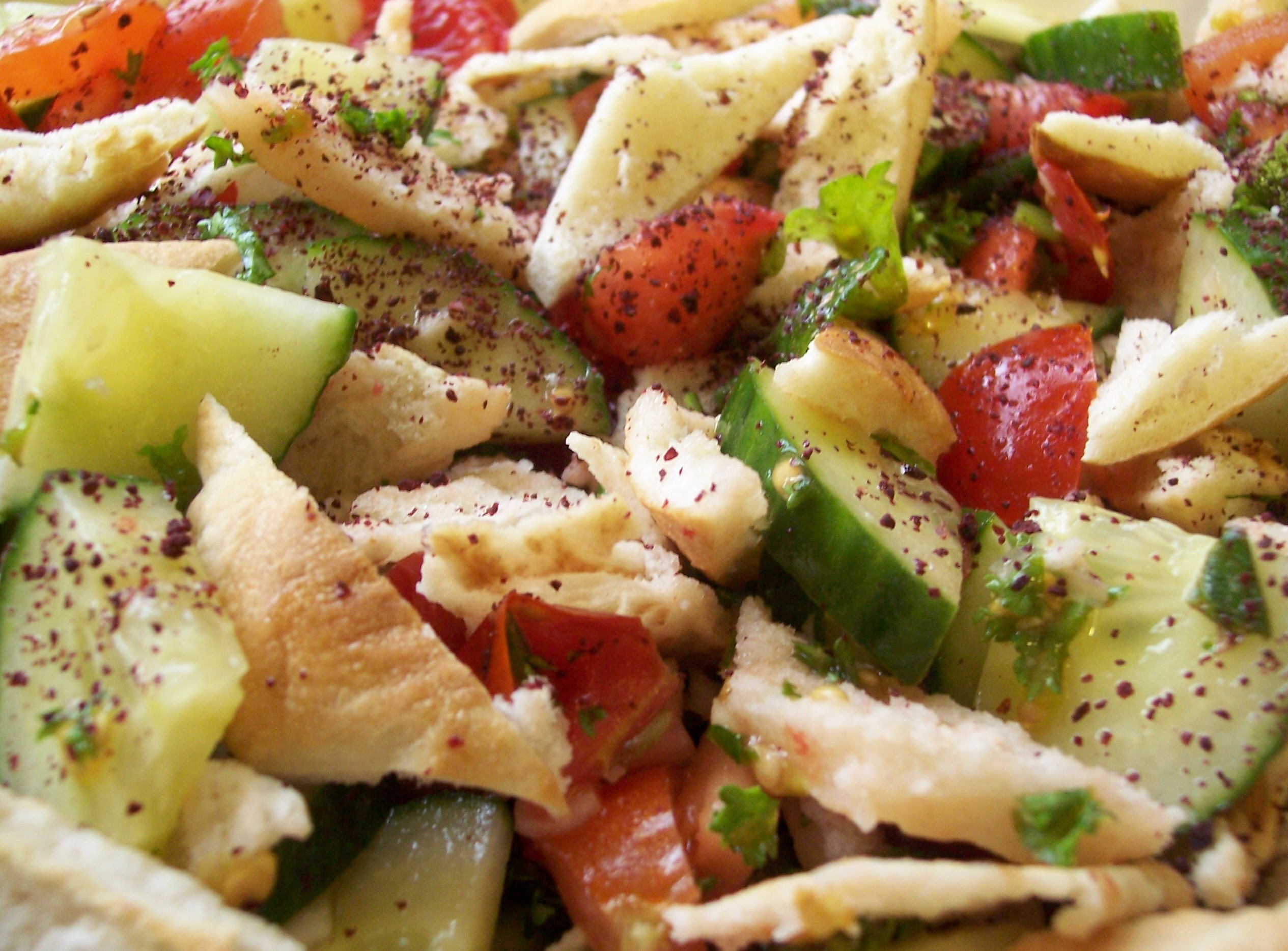 Middle Eastern Fattoush Salad | Meanderings through my ...