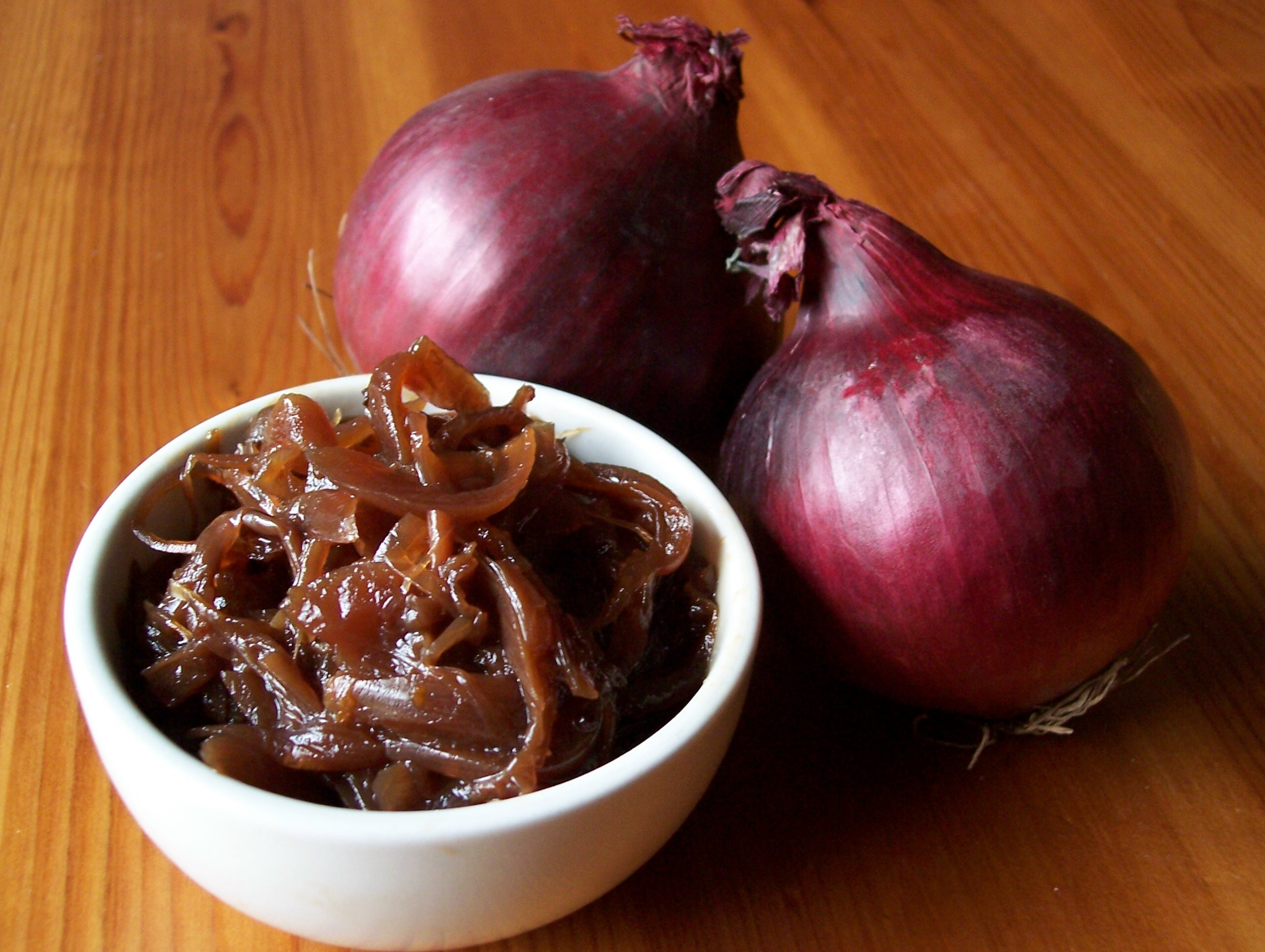 Caramelised Red Onion Chutney | Meanderings through my ...